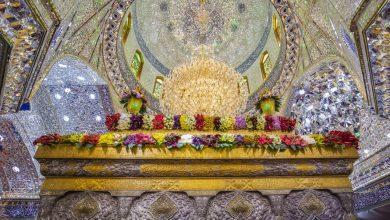 تصویر از گل آرایی حرم حضرت اباعبدالله(ع) و حضرت عباس(ع) در آستانه ماه شعبان