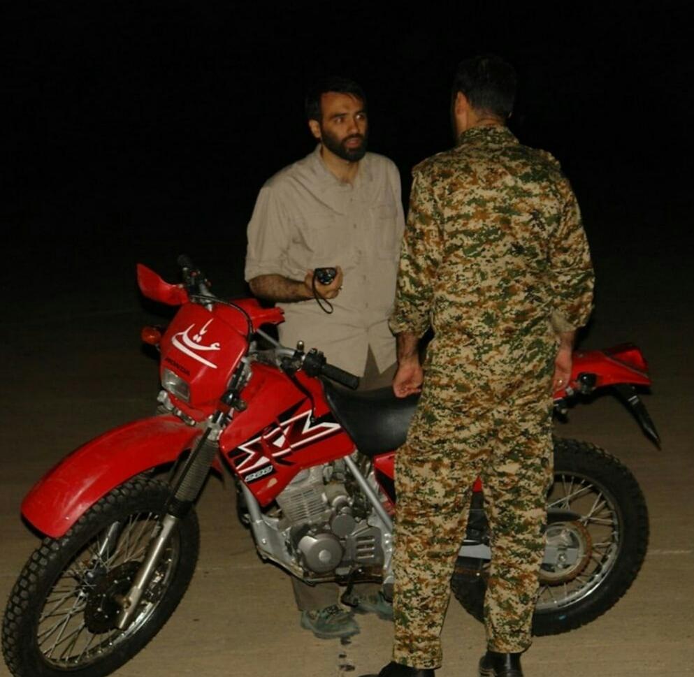 تصویر از آخرین عکس از شهید لطفی نیاسر ۴۰ دقیقه قبل از شهادت